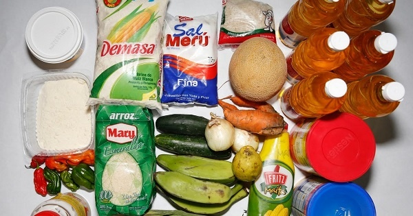 venezuela_manufactured_food_shortages.jpg_1085591094