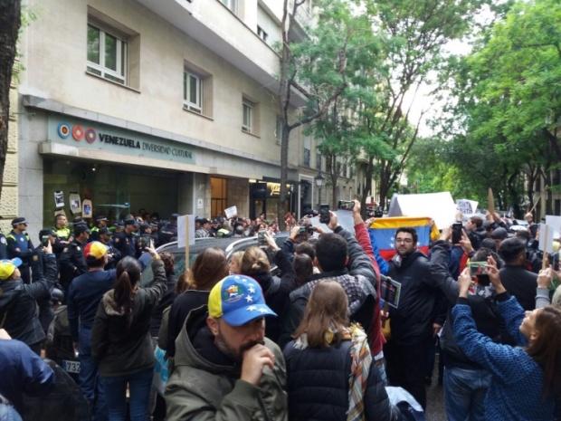 venezuela_botschaft_madrid_opposition_gewalt