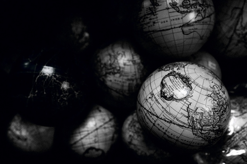 globes-1246245_1280(1)