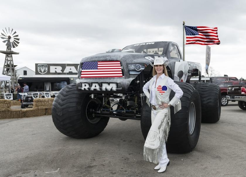 monster-truck-559401_1280