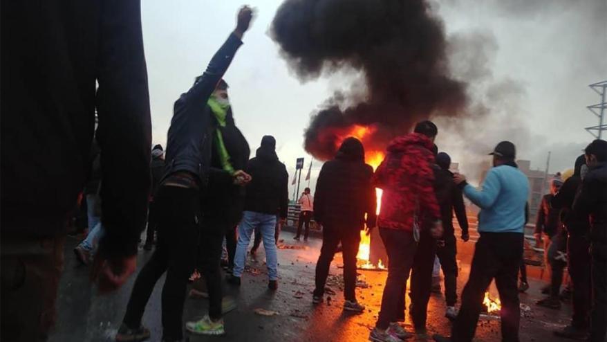 iran-protest-oil_4840369